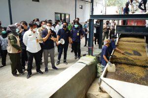 Menteri Pertanian, Syahrul Yasin Limpo Cek Stock beras Di Bekasi,Jawa Barat.